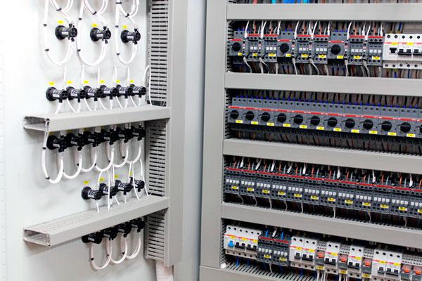 cuadros electricos para naves industriales bilbao